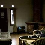ruang tamu dan perapiannya