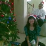 kakak n christmast tree